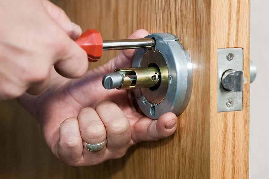 Bolton Door Repairs Service